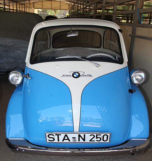 1960 BMW Isetta1034 -1960 BMW Isetta - Estimate: $ 27,500 - $ 37,500