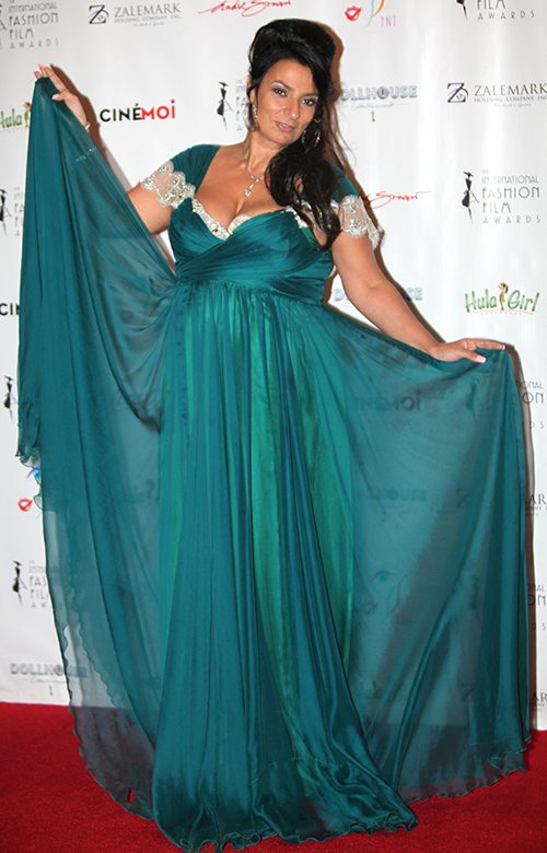 The Black Tie gala will spotlight celebrity red carpet fashion from all over the world and feature the finest in International Haute Couture, all on an 80 foot, full length catwalk.