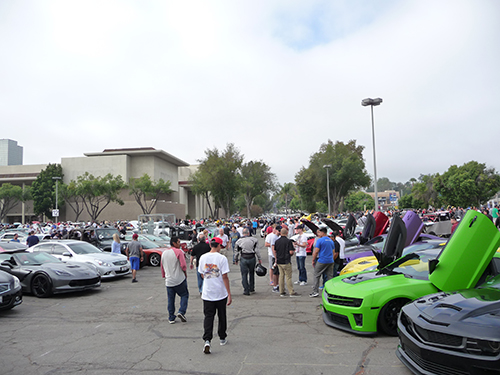 Hundreds of Car lovers attend Supercar Sunday every weekend