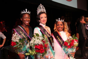 Carlina Rebeiro 2nd Runner Up Miss Diversity News representing Cabo Verde, Francesca Esker Miss Diversity News and 1st Runner Up Gisele Rebeiro Mrs. Diversity representing Costa Rica