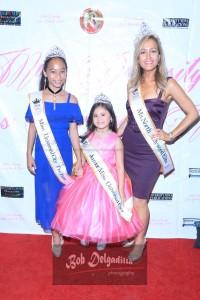 Teyanah Sanders (Junior Miss Universal City 2017) and Deanara Aragon (Miss Pre Teen Universal City 2017), Cali Rossen, (Ms North Hollywood Woman Elite 2017)